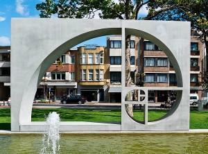 Kunstwerk_De_Panne_Belgie_getallen_FIbonacci_gulden_snede